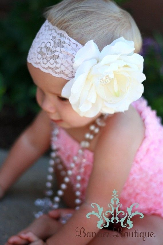 flower headband and pearls!: Head Bands, Flowers Headbands, Baby Headbands, Lace Headbands, Flowers Clip, Flowers Girls, Baby Girls, Big Flowers, Fabrics Flowers
