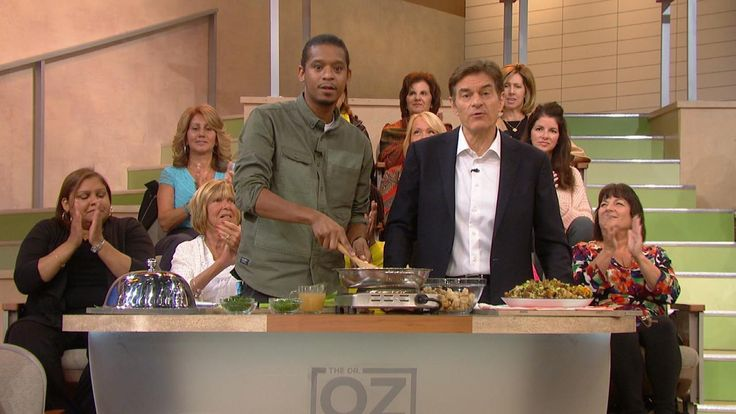 How to Make Green Bean Casserole and Stuffing: Dr. Oz deconstructs the classic green bean casserole. Learn how to make your own cream of mushroom soup that tastes as delicious as the canned version. Then, chef Roblé Ali reveals the secret ingredients to an outstanding Thanksgiving stuffing.