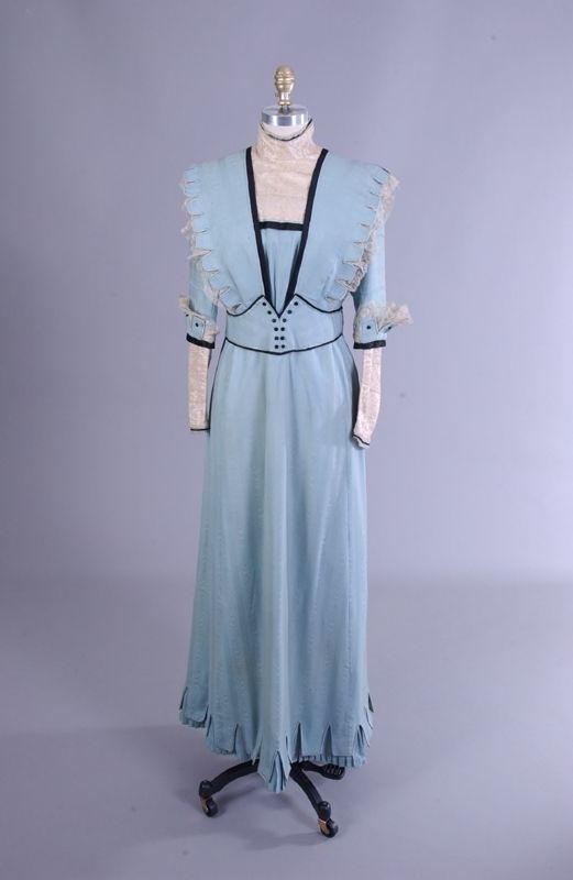 Light Blue Dress With Black Trim 1900 1909 Vintage