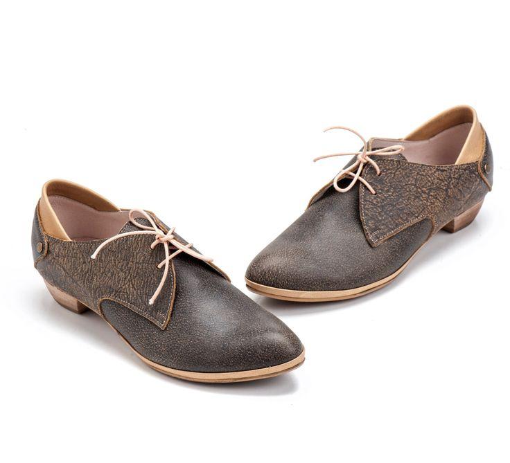 Handmade item                             Materials: Leather Lining, Leather, Wood Heels                                                          Ships worldwide from Tel Aviv, Israel