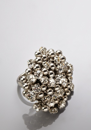 even though i dont wear rings - BETSEY JOHNSON  Clustered Ring