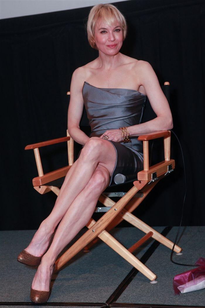 renee-zellweger-legs-feet (2)