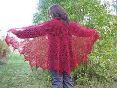 Ravelry: Vernal Equinox Shawl Surprise pattern by Lankakomero