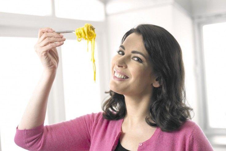 Een heel eenvoudig maar ontzettend lekker pasta recept met champignons door Nigella!