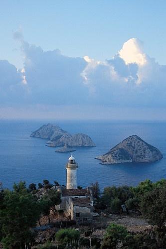 Der Lykische Weg entlang der Küste zwischen Fethiye und Antalya ist der erste und wohl bekannteste Weitwanderweg der Türkei.   Foto: Kate Clow http://www.bergzeit.de/magazin/trekkingurlaub-in-der-turkei/