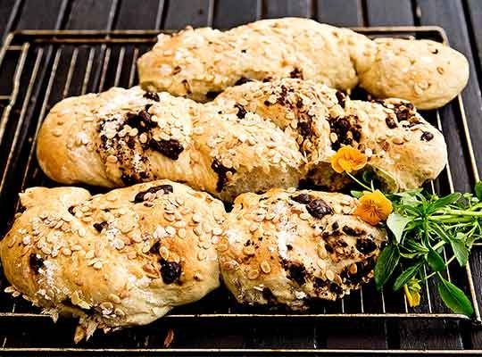 Baguette med mörk choklad och melonkärnor - Risenta