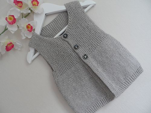Ravelry: Andrea Vest (simple) pattern by Barbara Ajroldi