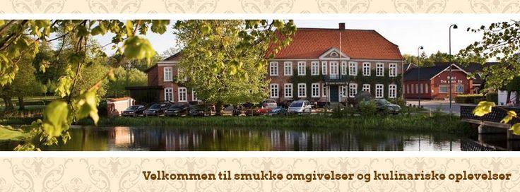 Den Gamle Kro, Gram - https://www.facebook.com/pages/Den-Gamle-Kro-Gram/159231077463786