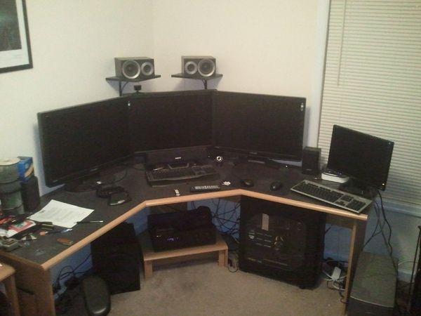69 best multi monitor setup i like images on pinterest computers desks and bedrooms. Black Bedroom Furniture Sets. Home Design Ideas