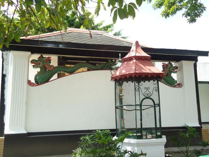 Yogyakarta, Samping Keraton Yogyakarta: Keraton Ngayogyakarta Hadiningrat