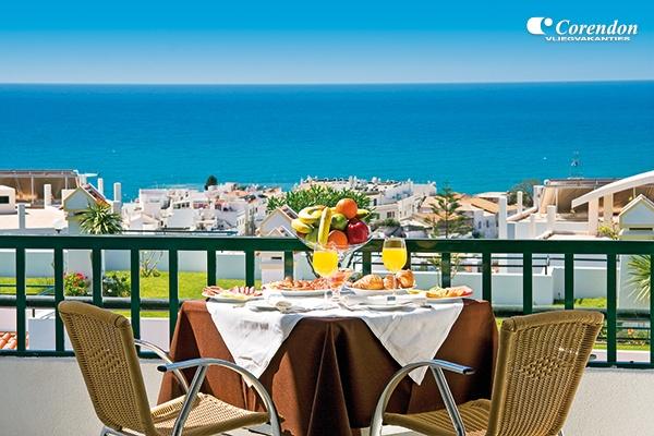 Cerro Mar Atlantic is in het hogere gedeelte gelegen van Albufeira waardoor u een prachtig uitzicht heeft over de stad en de lange kustlijn.