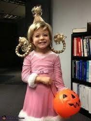 DIY Cindy Lou Who hair tutorial for a Halloween costume!