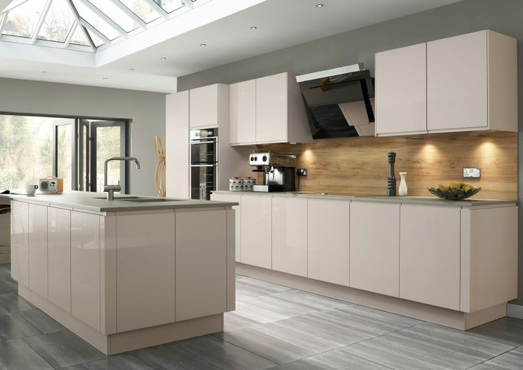 High Gloss Kitchens - Mastercraft Kitchens