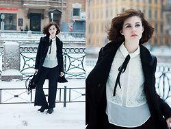 Anastasia Zaprometova - H&M Pants, Topshop Shirt, Vagabond Boots - New Classic
