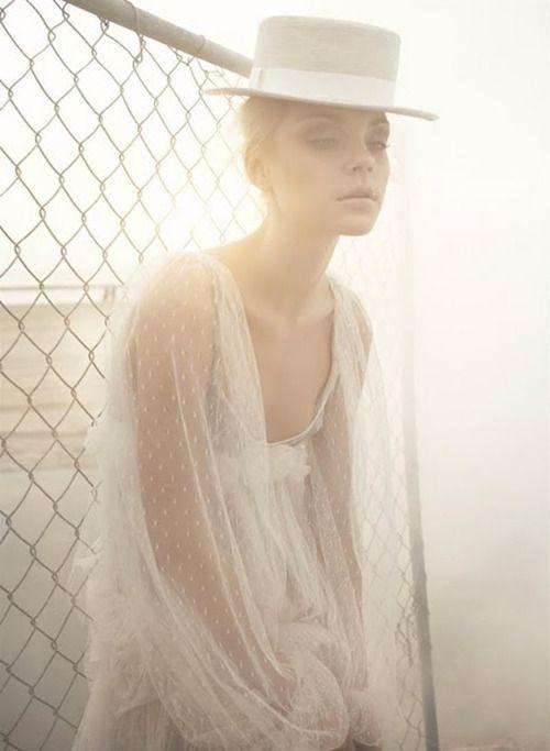 Simply Stunning.  #fashion #editorial #naturallight