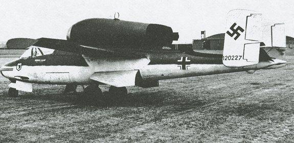Le Heinkel He 162 Volksjäger, un