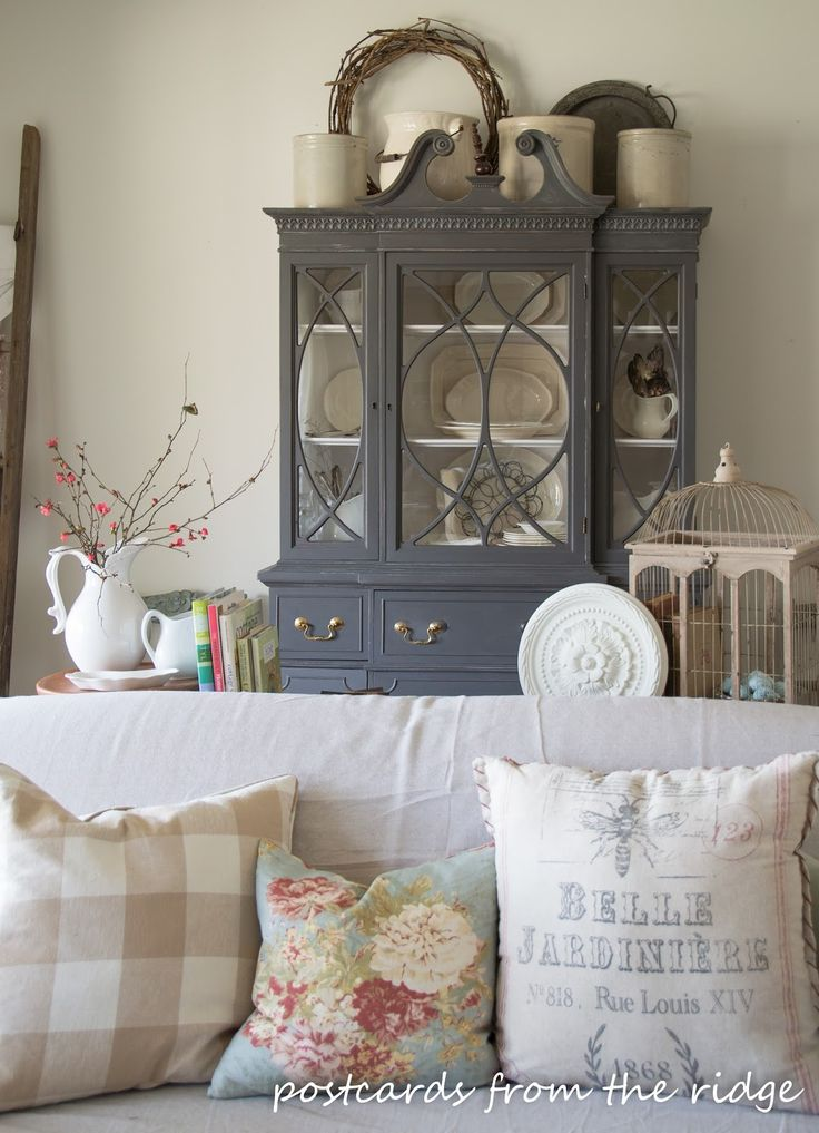 Best 10+ China cabinet decor ideas on Pinterest Hutch makeover - living room hutch