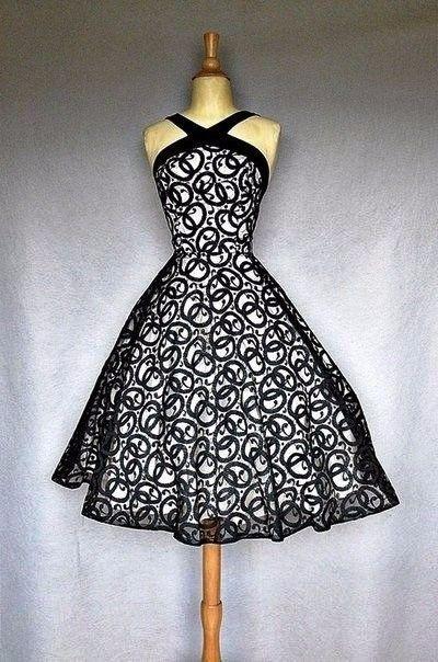 Preciosos vestidos de cóctel - estilo vintage en blanco y negro...