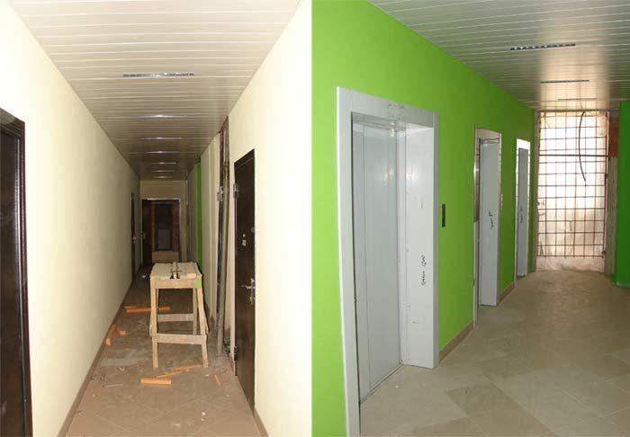 Общий коридор на этаже в ЖК Лазаревское
