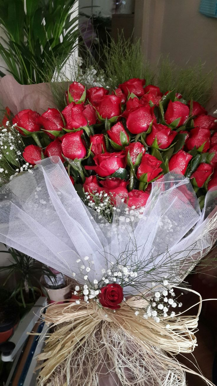 Kız isteme çiçekleri yapılır.