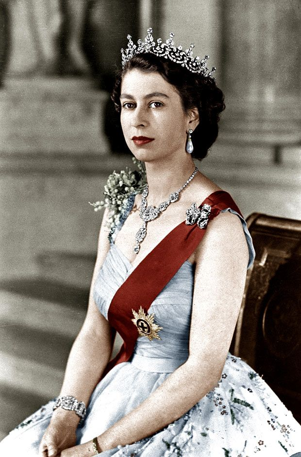 A portrait of the queen wearing the girls of great britain and ireland tiara: