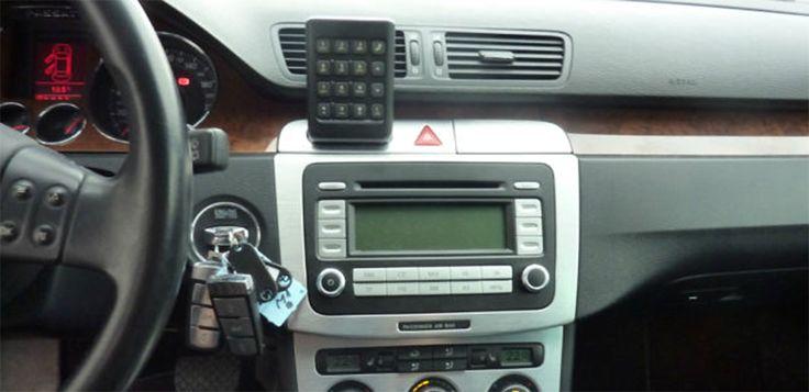 VW Passat 3C 2005-2010 Radio Removal http://www.radiodashkits.eu/vw-passat-3c-2005-2010-radio-removal/