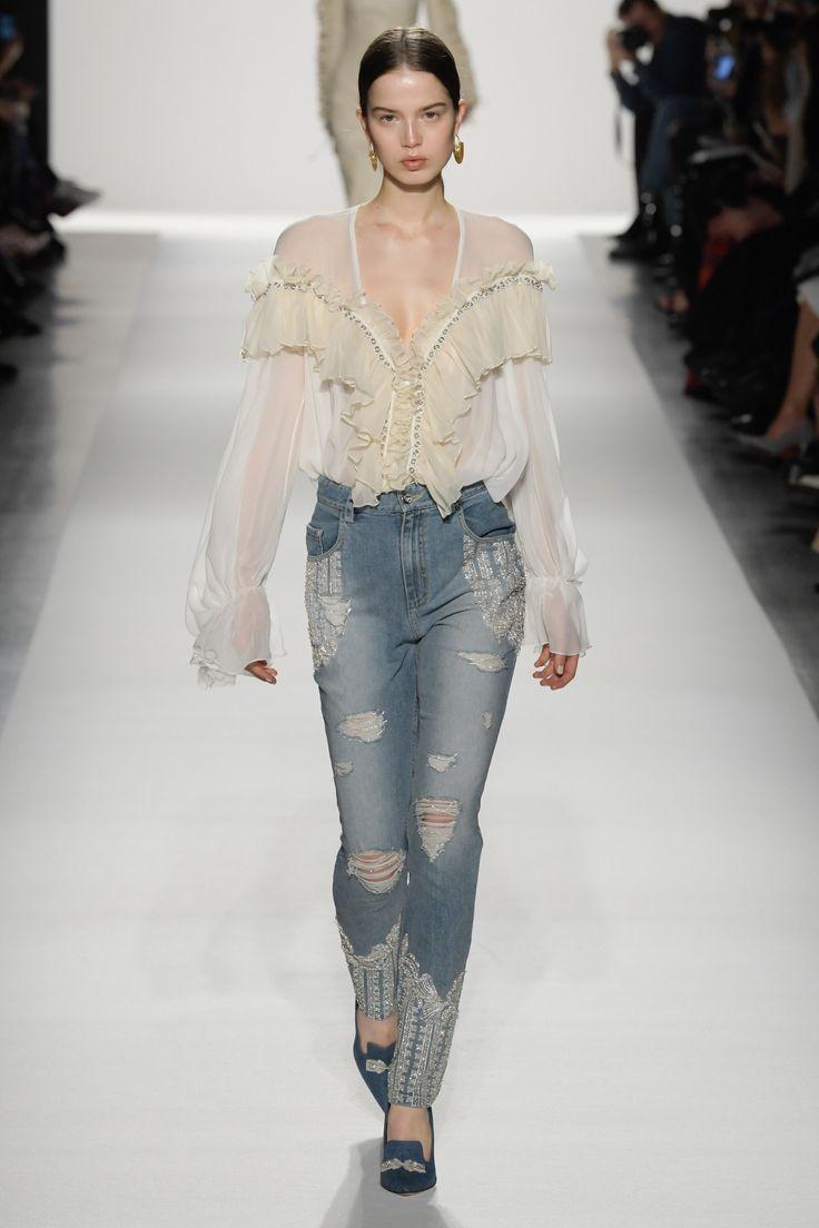 Jonathan Simkhai Fall 2017 Ready-to-Wear Fashion Show NYFW New York Fashion Week