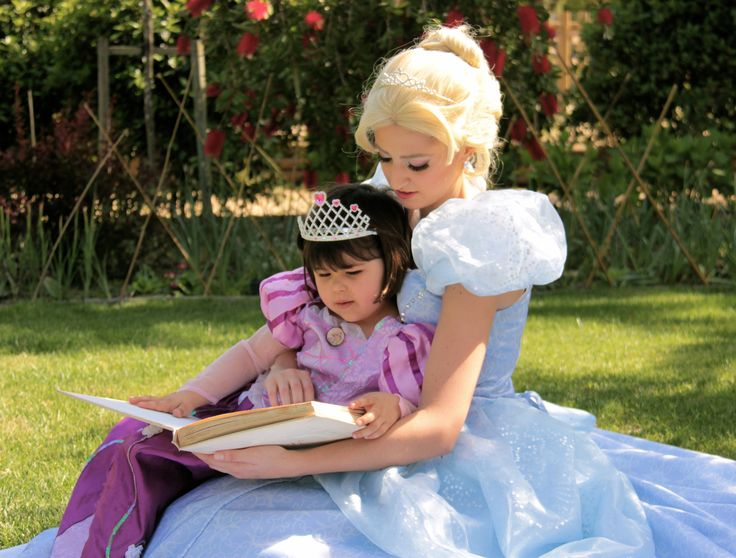 Story time with Cinderella!
