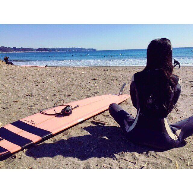 【ayubarumba】さんのInstagramをピンしています。 《昨日はポカポカ波乗り日和。 サイズもあって面ツルでFUN WAVE♡  こんな綺麗な青い海に入ると心までキレイに穏やかになれる。  #南千葉 #beach #ビーチ #sea #ocean #surfing #surfer #surfergirl #surfgirl #海 #サーファー #サーフィン #ママサーファー #サーファーガール #サーファー女子 #波乗り#波乗り女子 #instgood》