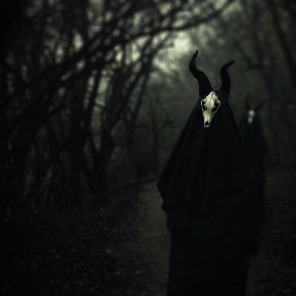 Conceptual dark photography by Olia Pishchanska