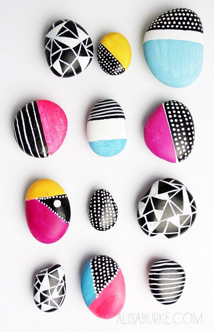 Tolle DIY Idee für selbstgemachte Magnete. Ein paar Steine bunt anmalen und mit… – Emma Loo…