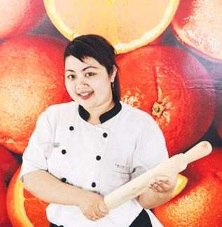 This young Balinese lady still has a long way to go, but she started well enough by winning the cooking competition, teamed up with Chef Dewa. Lime Restaurant at Fave Hotel Seminyak | Jl. Abimanyu No. 9A, Seminyak | P +62 361 739 000 - See more at: http://www.letseatmag.com/article/ni-putu-juliani#sthash.Weq1jtBc.dpuf