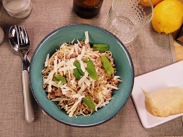Pasta med fläskfärs, mynta och vitt vin | Recept.nu