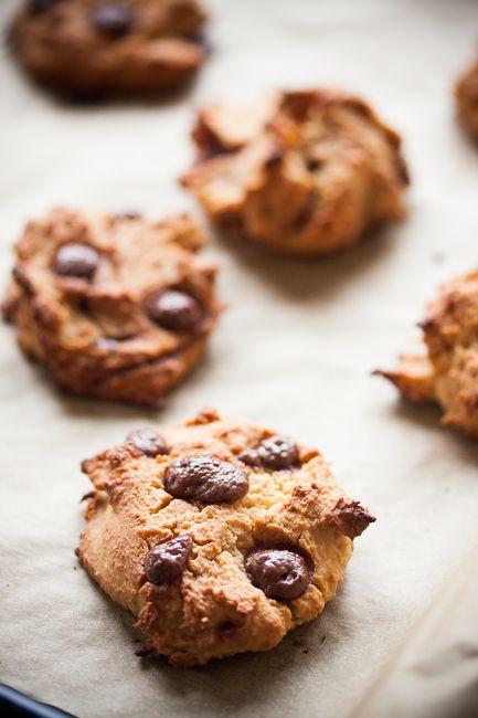 cieciorkowe ciacha z czekoladą / chickpea cookies with chocolate drops