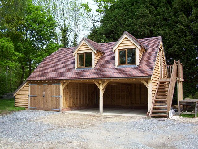 8 best images about wtc garage on pinterest oak doors for Garage with accommodation