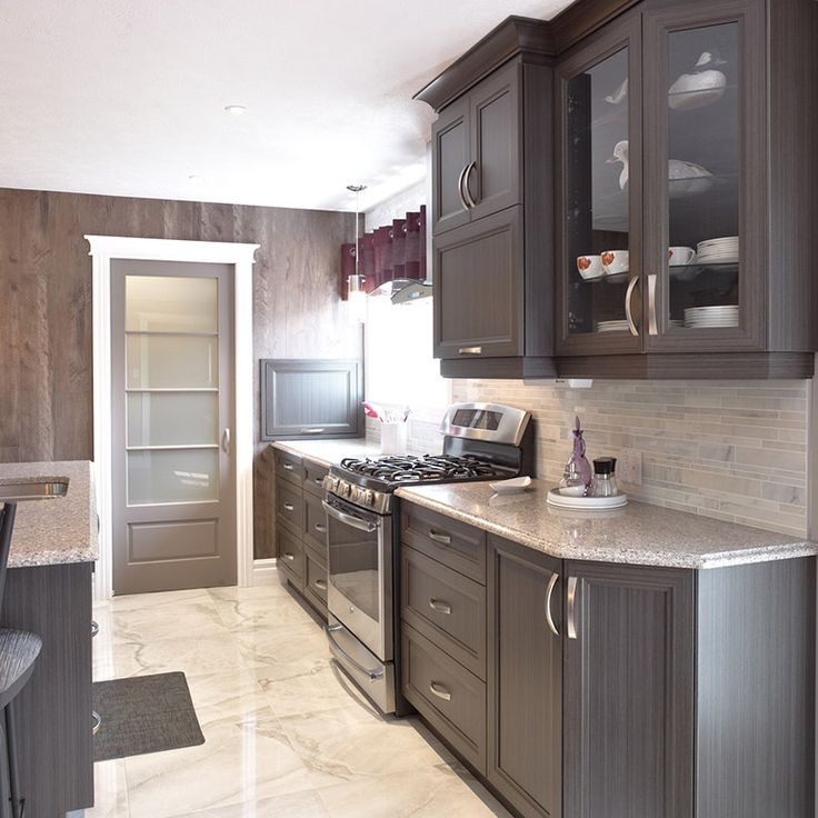 Les 25 meilleures id es de la cat gorie armoires de m lamine sur pinterest de cuisine armoire - Peinture d armoire de cuisine ...