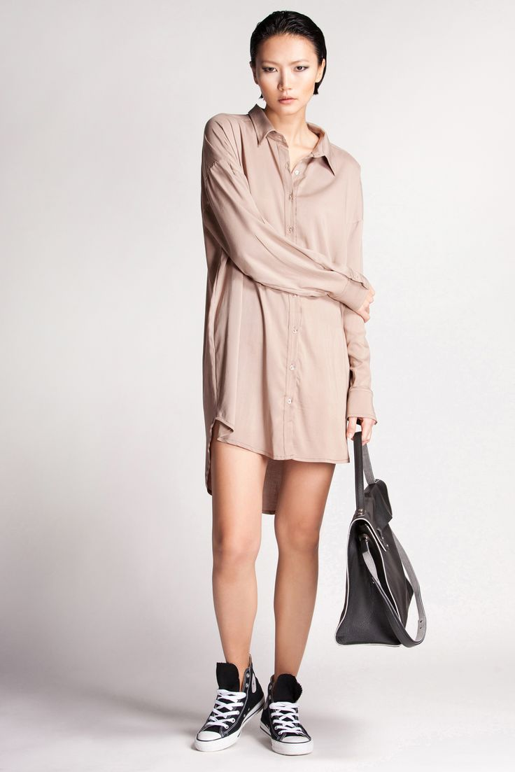 This shirtdress requires minimal effort or upkeep. An easy-going piece for the warmer spring months.