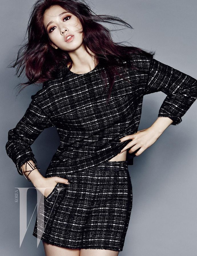Park Shin Hye's Classy Autumn Style For W Korea's September 2014 Issue | Couch Kimchi HAAAAIRR
