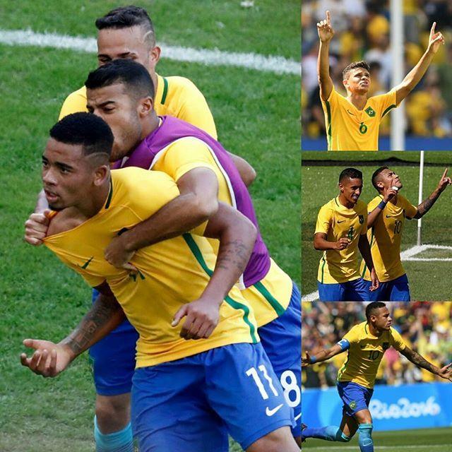 #olimpiadario2016 - #futebol - Jogadores brasileiros comemoram gols contra o time de Honduras - - Crédito: Vanderlei Almeida/AFP e Odd Andersen/AFP