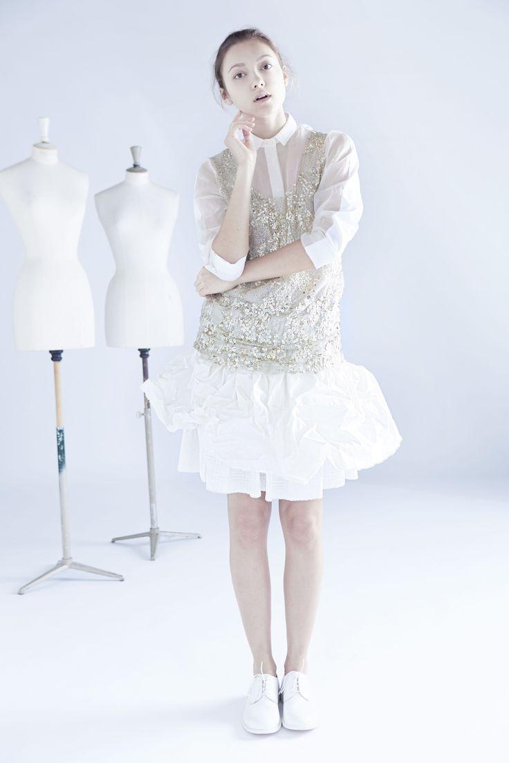 embroidery shirt & crunchy skirt