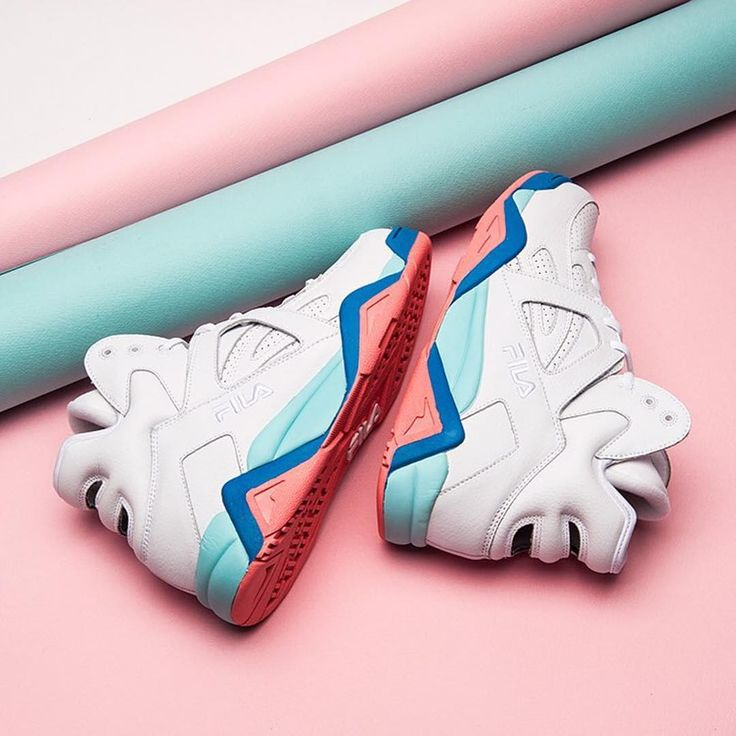 Sneakers femme - Fila USA x Pop-Up Museum