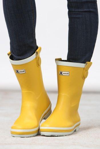 short yellow wellies
