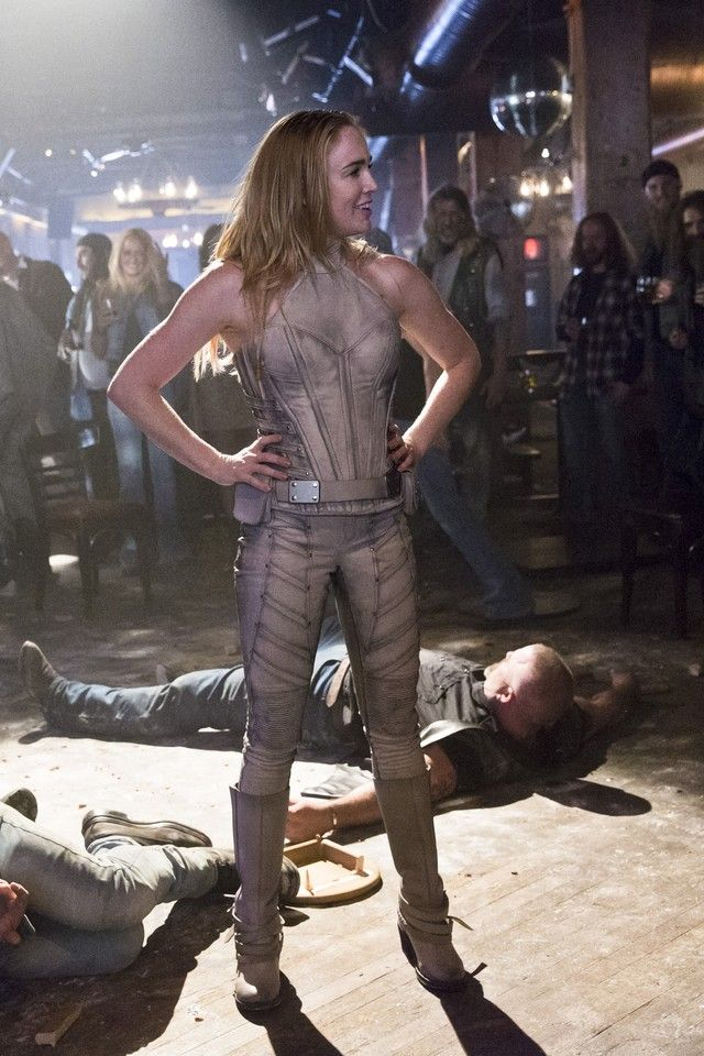 "Sara Lance / White Canary wearing DC Comics X "" Maya Mani"" Custom White Canary pants, DC Comics X "" Maya Mani"" Custom White Canary Top"