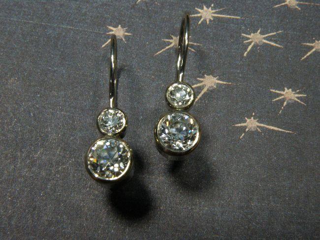 * heirloom | oogst-sieraden * Oorsieraden * Witgouden oorhaken met diamanten uit erfstuk * Maatwerk *