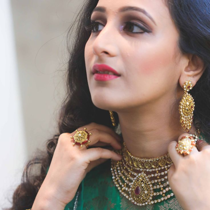 Bridal makeover with Azva diamond polki jewellery by WeddingSutra #Goldjewellery #luxury #style
