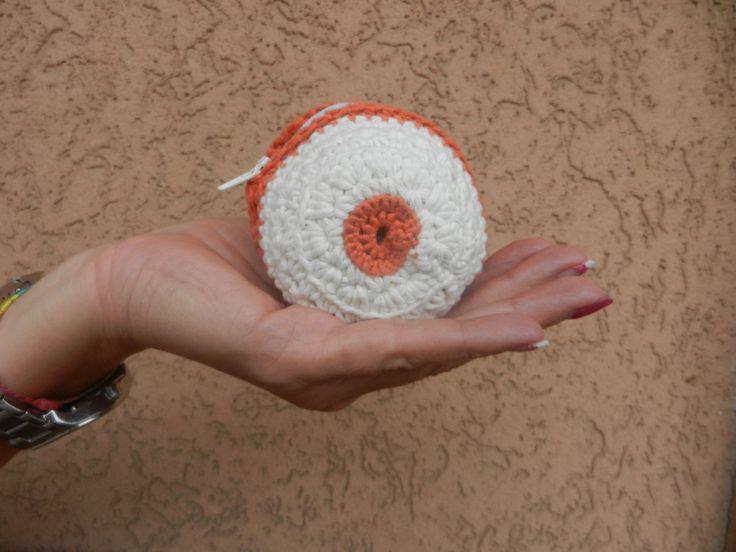 portamonete bianco e arancione all'uncinetto,fatto a mano, portamonete rotondo,accessori donna,regalo sotto i 20,eco-friendly di AlwaysLoveAffairs su Etsy