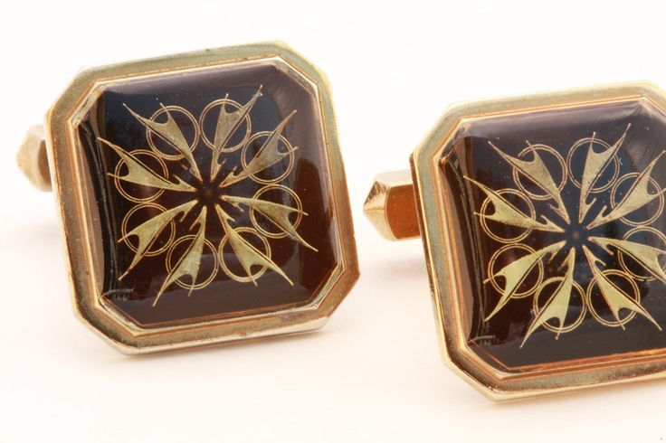 Pair of Rolled Gold and Black Resin Square CuffLinks.  Quietly elegant for the corporate leader. Also a great gift for Dad.