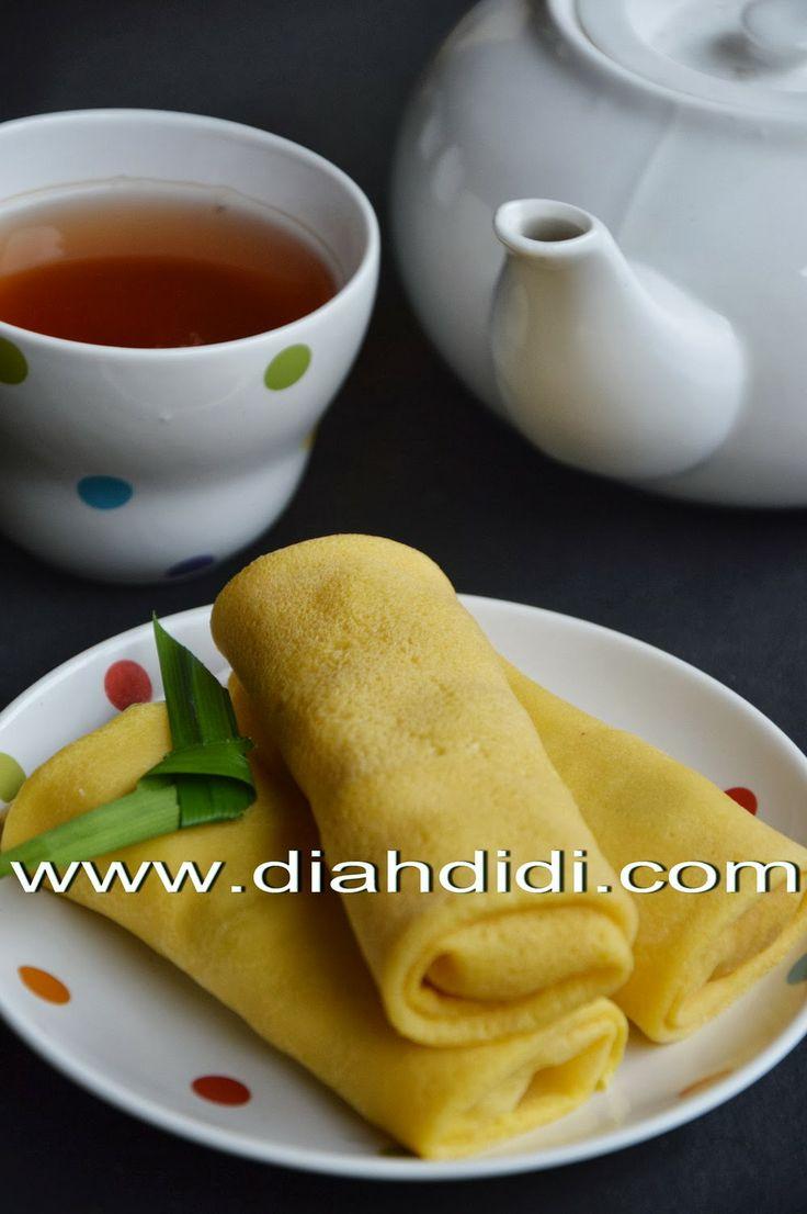 Diah Didi's Kitchen: Dadar Gulung Labu Kuning
