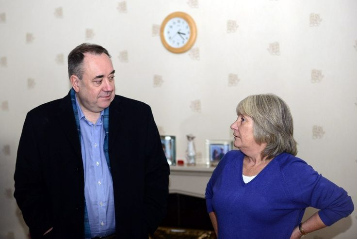"""On The Campaign Trail With Alex Salmond: """"I'm The Bogeyman Of The British Establishment"""" - BuzzFeed News"""