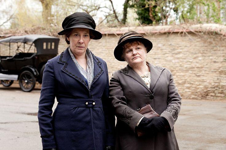 Mrs. Hughes (Phyllis Logan) et Mrs. Patmore (Lesley Nicol)
